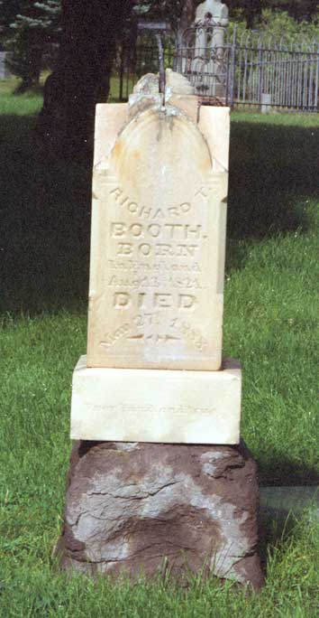 Richard Thornton Booth grave